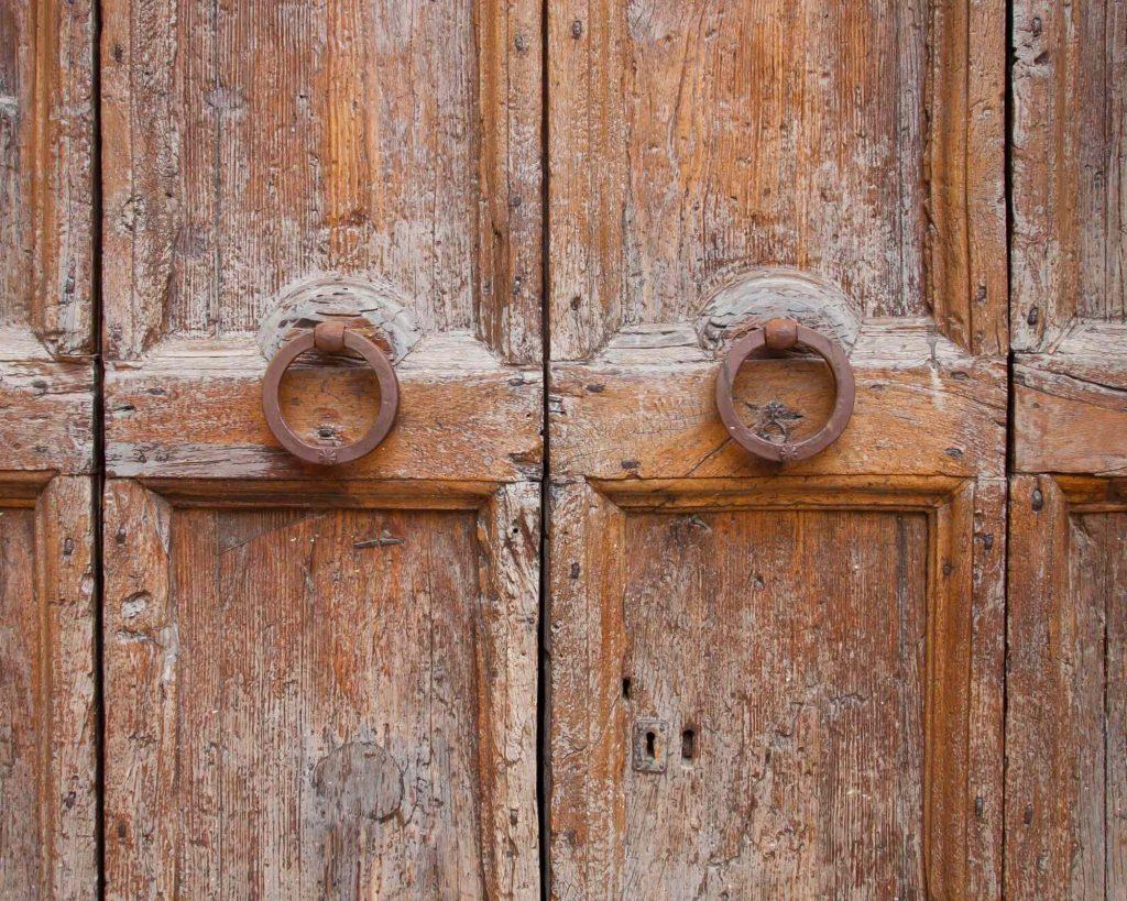 Redkeyllc make a statement with your door knob